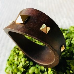 Jewelry - Faux wood brown bracelet with gold stud accents